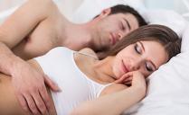 Šta pozicija spavanja govori o vašoj vezi?!